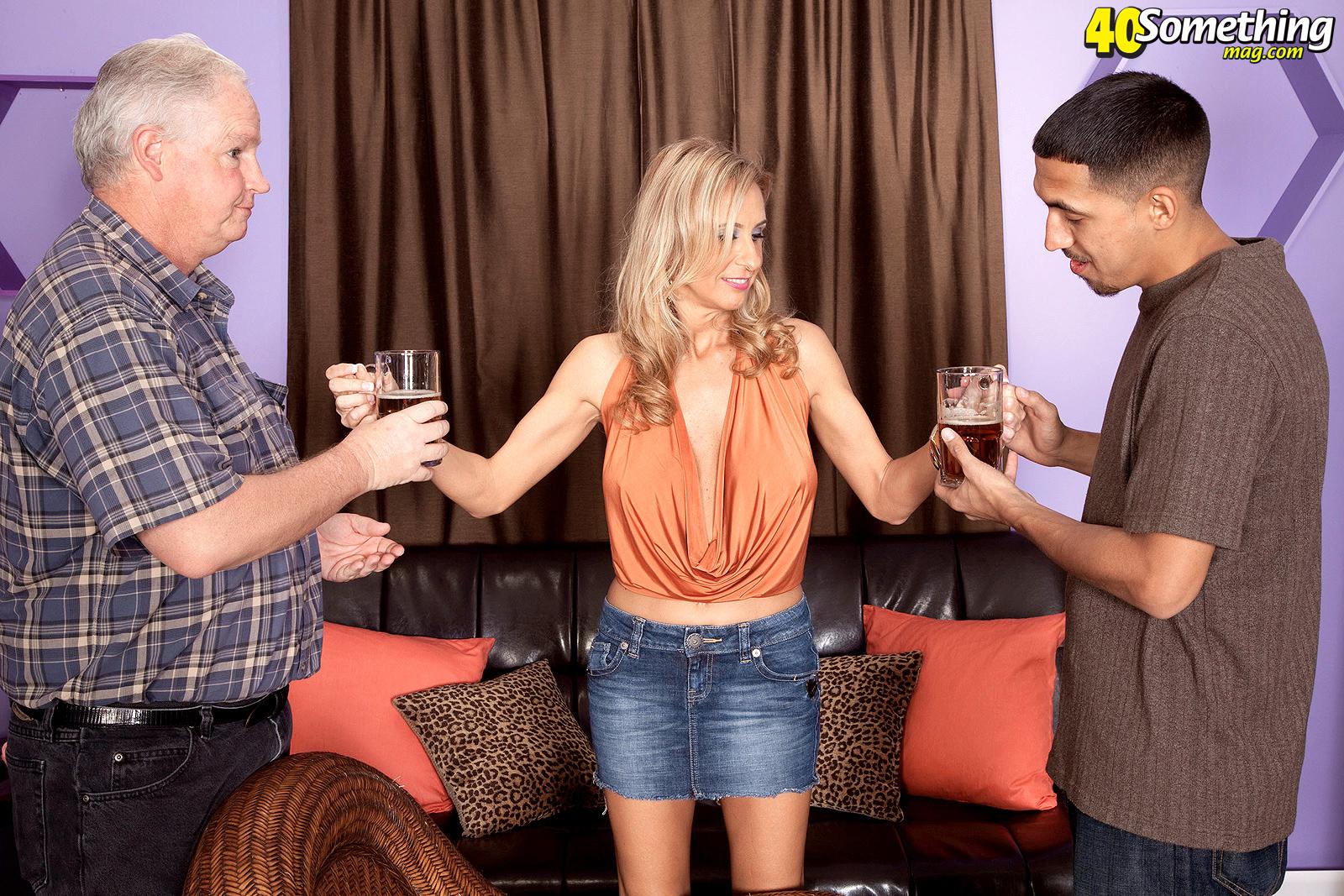 Сосед и пьяная жена 16 фотография