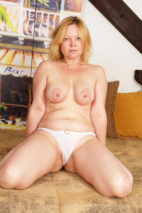 Arila toon nude