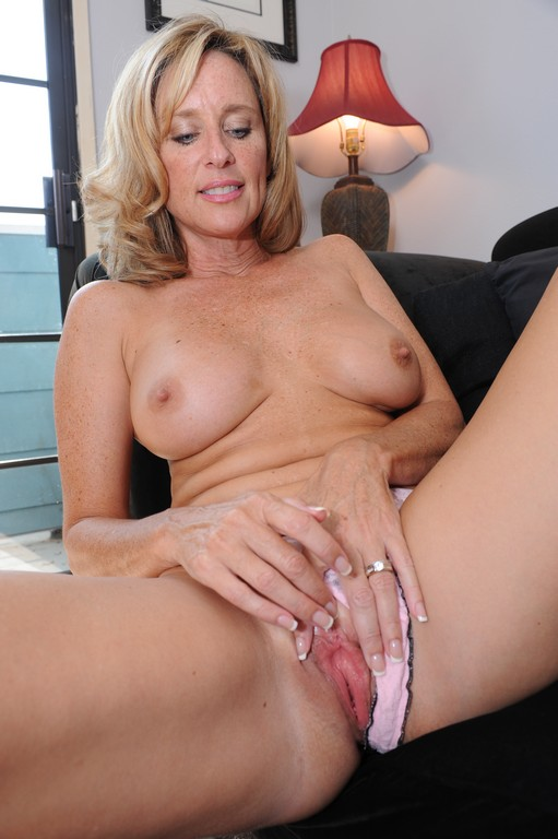 Mature wife tumblr horny