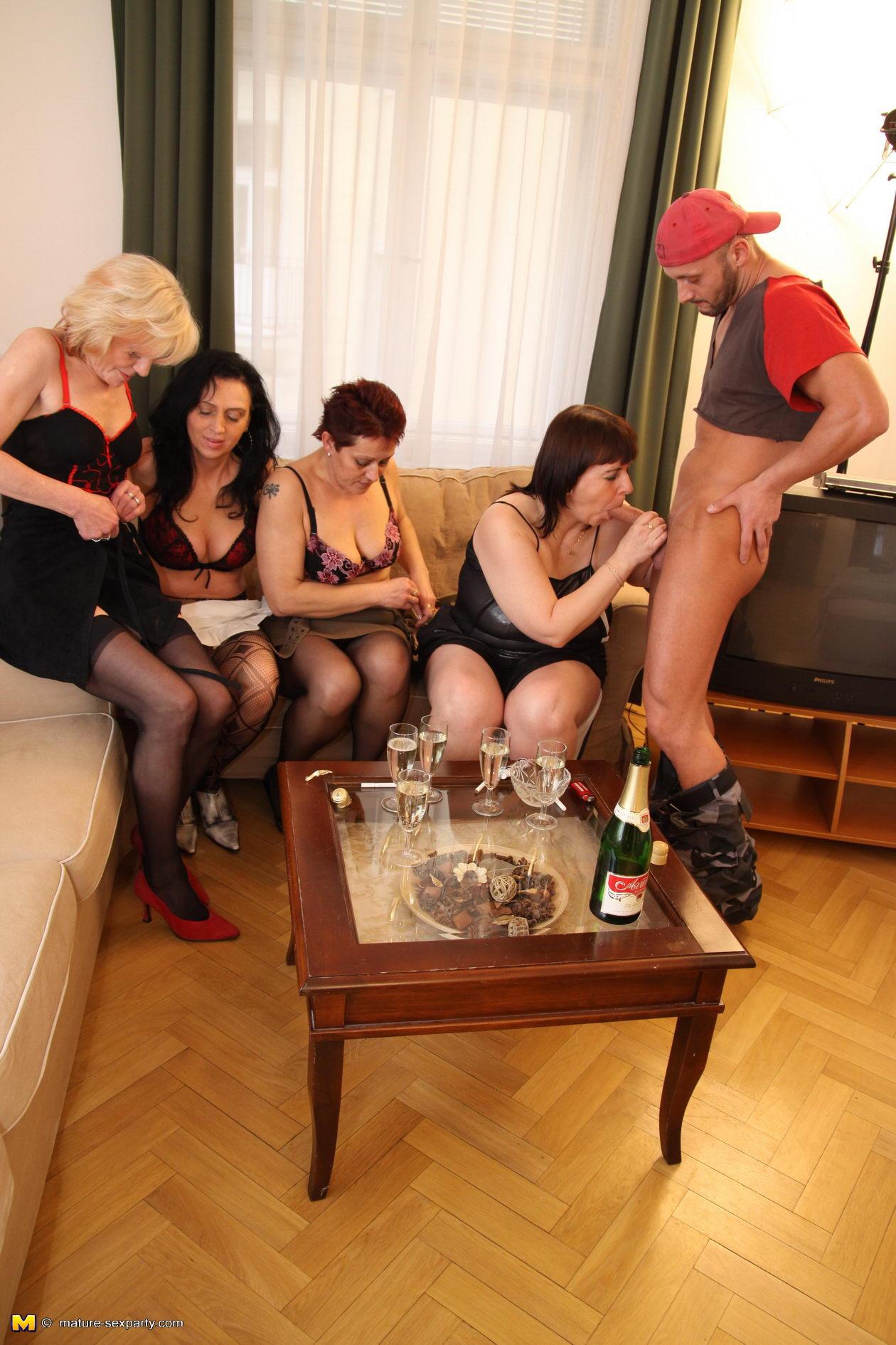 Horny busty females