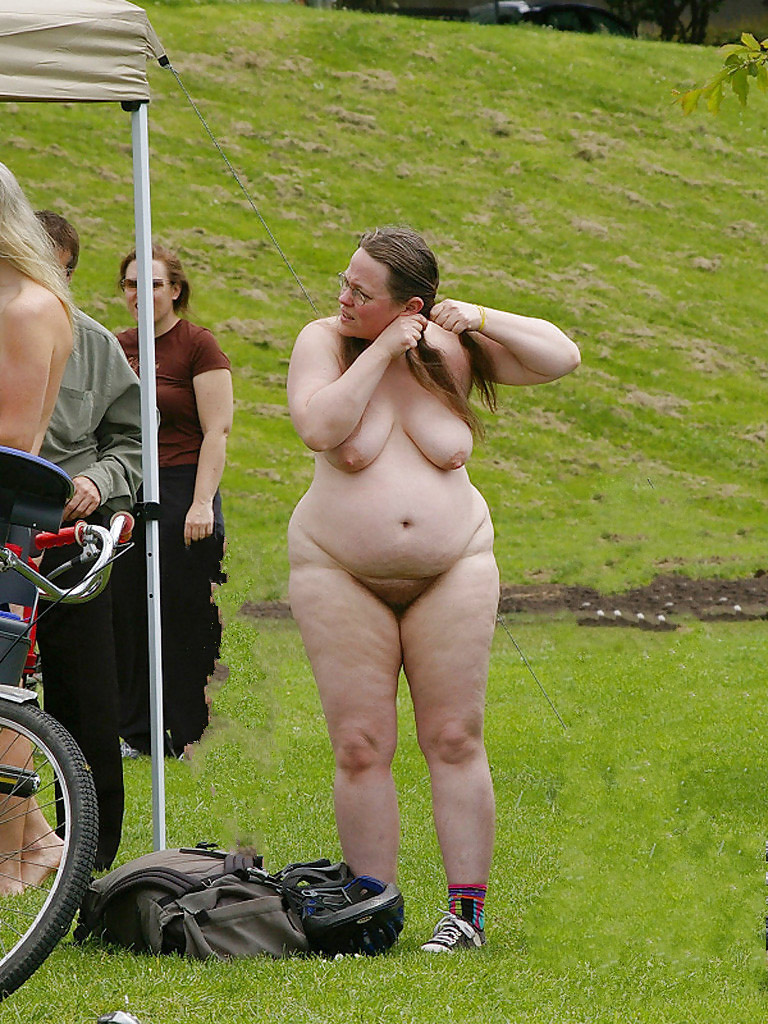 mature sportswomenthe public nudity and the flashing