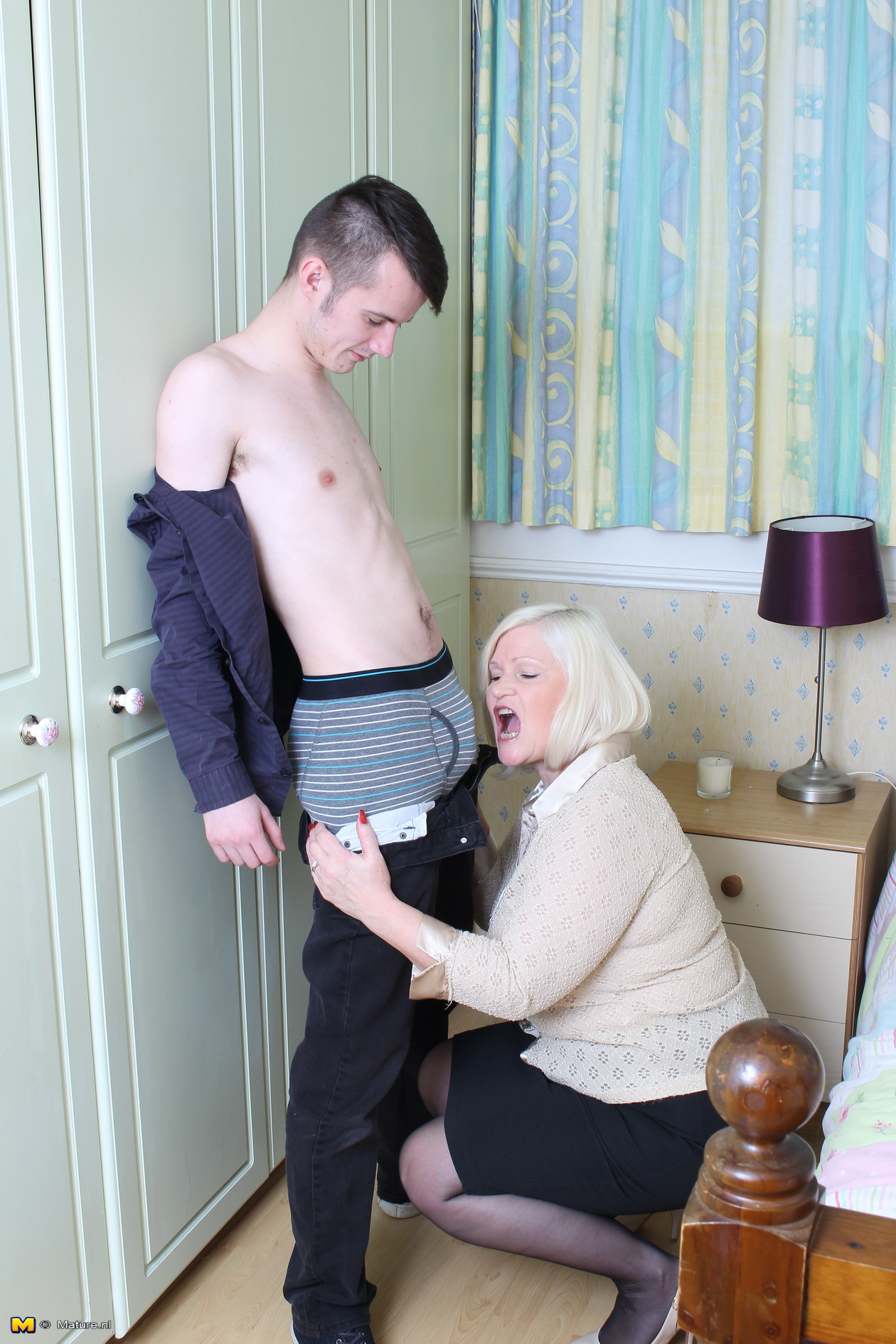 Mum Moie Porn Mature watch british mature mums and delivery boy porno for free