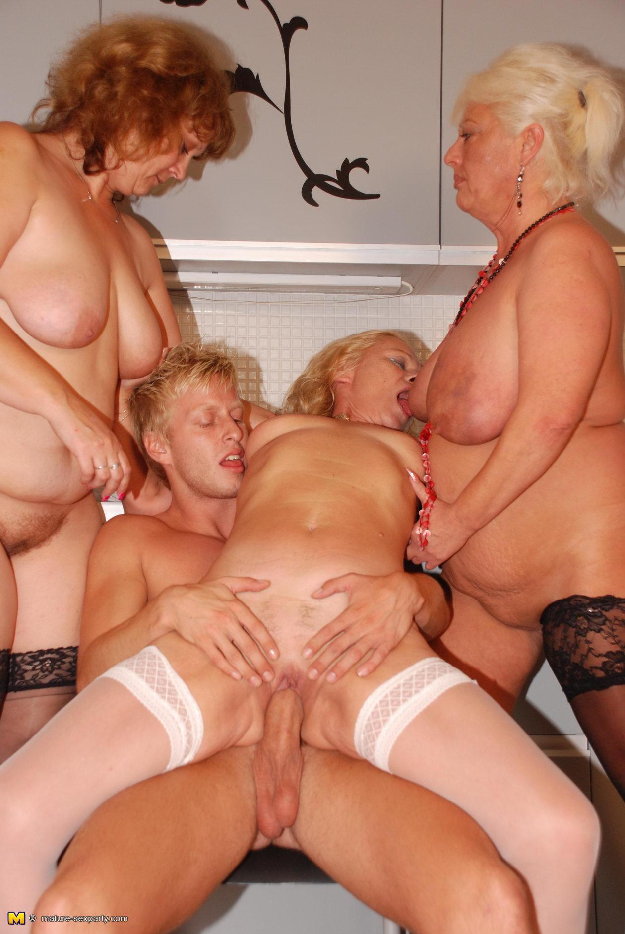 Mature Sluts Nude